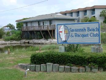 Near The Tybee Island Lighthouse On North Beach Lies Front Inium Community Of Savannah And Racquet Club Some Residents Live There