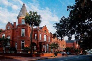 Mansion-on-forsyth-park-default
