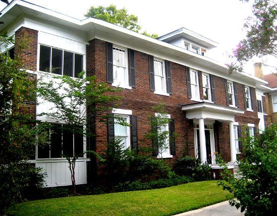 733 E. Henry Street Condos
